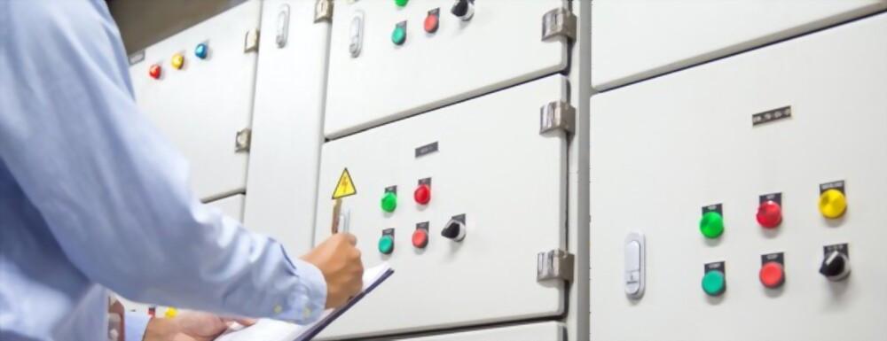 Шкафы управления ИТП AHS-H2W1-24P-2P7,5/1-F-S4